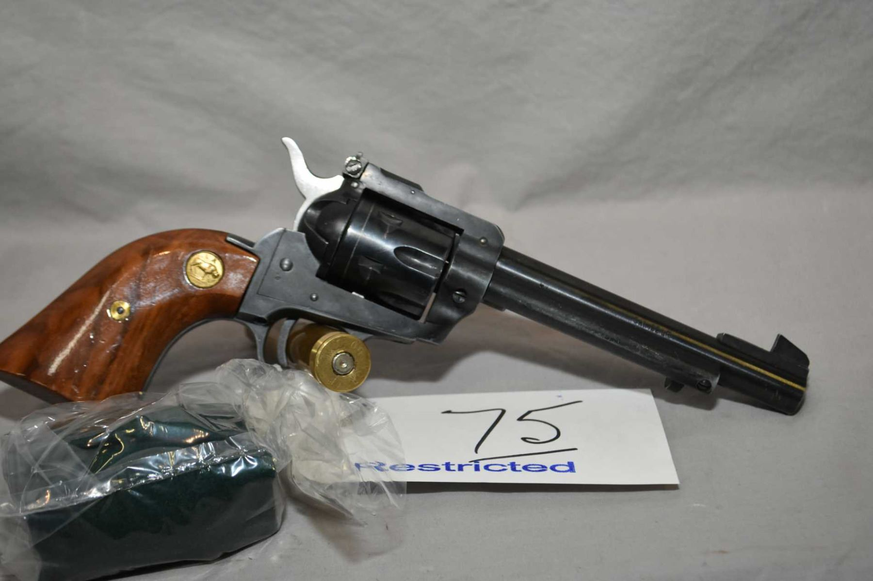 Herbert Schmidt Model 21  22 LR /  22 Mag Cal 6 Shot Revolver w