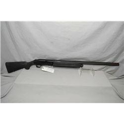 """Mossberg Model 935 .12 Ga 3 1/2"""" Semi Auto Shotgun w/ 28"""" vent rib bbl with screw in choke [ flat bl"""