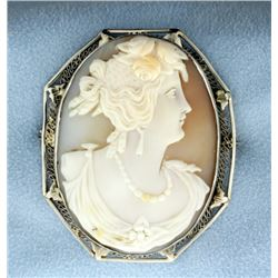 Vintage 14k White Gold Cameo Pin