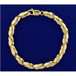 8 1/4 Inch Twist 8 Link Designer Bracelet