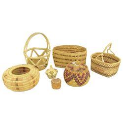Box Lot of Baskets
