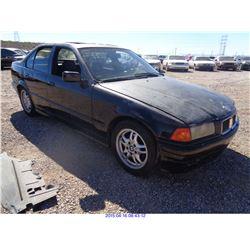 1993 - BMW 3-SERIES//SALVAGE TITLE