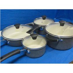 New The Rock 8pc pot set