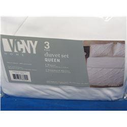New VCNY 3 pc.Queen Duvet set