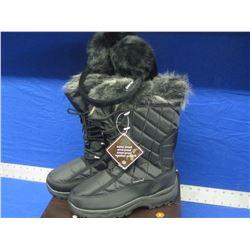 New Snowtech winter boots size 9 waterproof / windproof