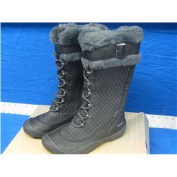 New J sport womens size 6 winter boots