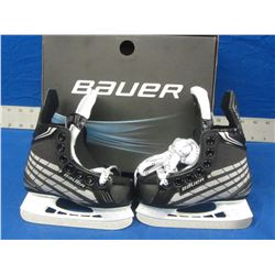 New Bauer youth size 8 skates