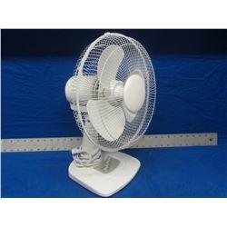 New 3 speed ocillating fan
