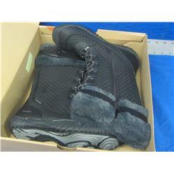New J Sport womens winter boots size 8
