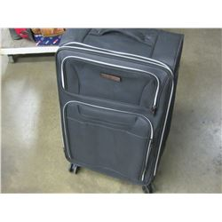 New Air Canada Luggage ex large 30'