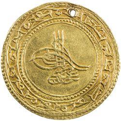 TURKEY: Abdul Hamid I, 1774-1789, AV 1 1/2 altin (4.41g), Islambul, AH1187 year 11. EF