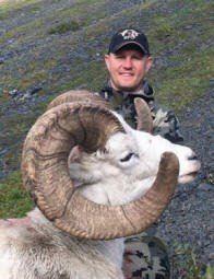 Hunter Day Yukon >> Yukon 10 Day Dall Sheep Wolf Wolverine And Black Bear Hunt For One Hunter