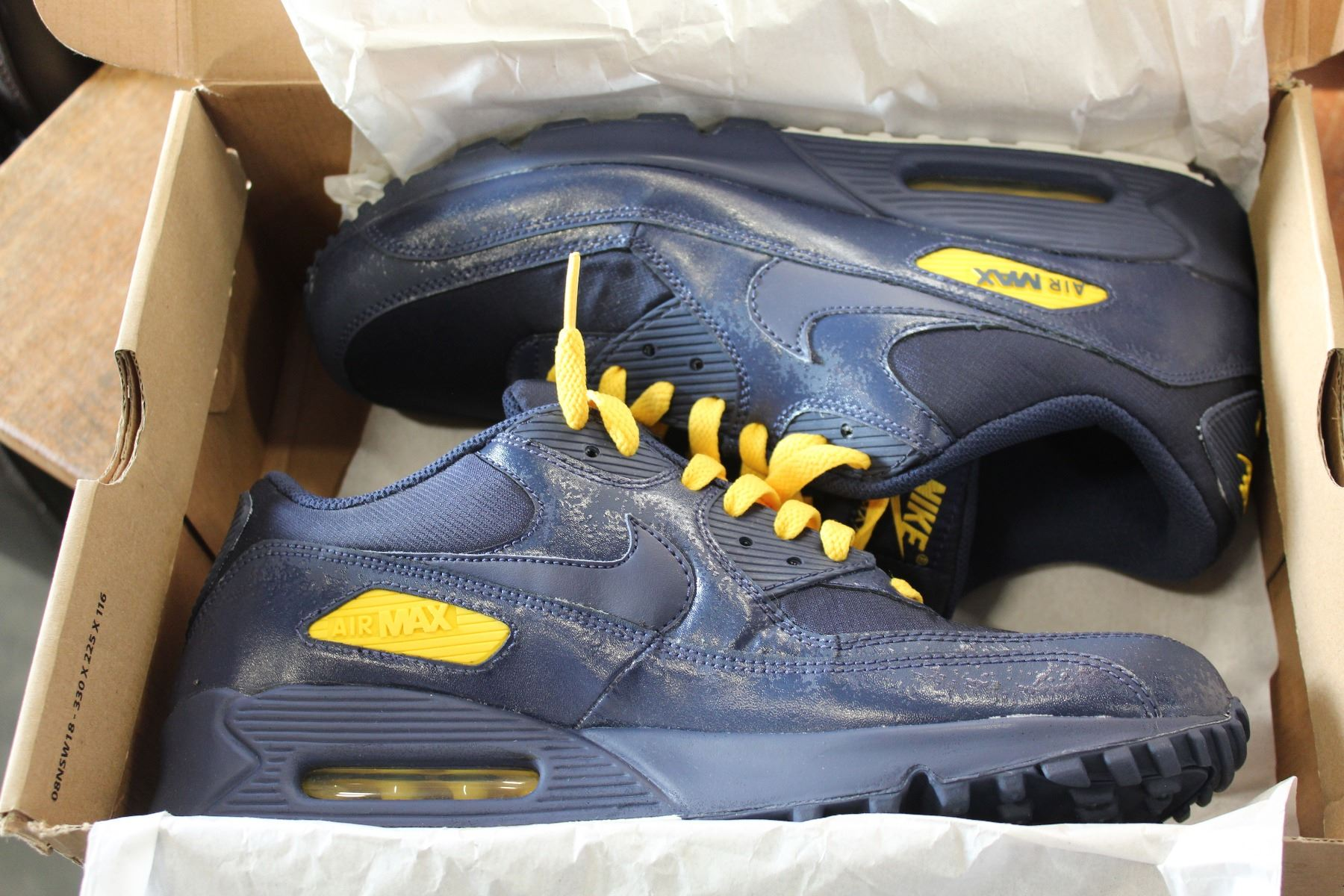 reputable site f6ed7 6acc0 NIKE AIR MAX 90 PREMIUM SIZE 11.5 RUNNERS