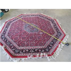 Octagon 6ft 6in India area rug