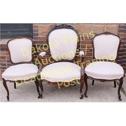 Collection of 3 Victorian carved parlor chairs in Rosewood rococo style with carved crests, includes