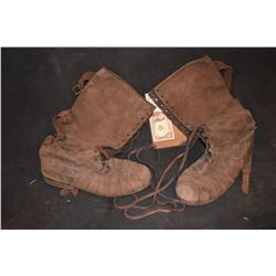SEASON OF THE WITCH PAIR OF BOOTS MEDIEVEL TIMES