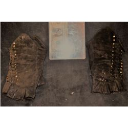 SEASON OF THE WITCH BEHMAN BEHMAN'S TEUTONIC KNIGHT LEATHER GLOVES MEDIEVEL TIMES