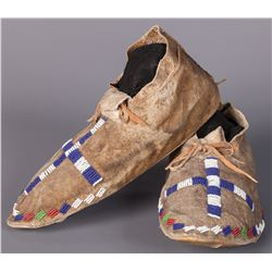 Central Plains Beaded Moccasins