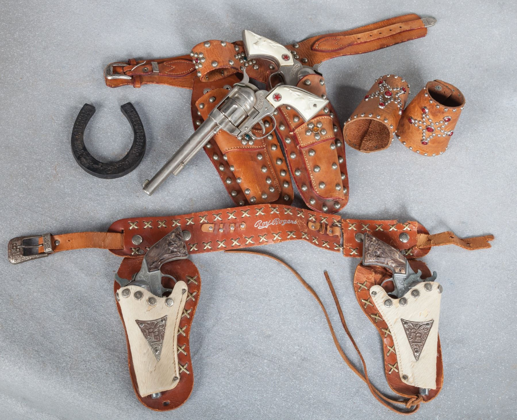 Child's Western and Roy Rogers Toy Guns & Holsters