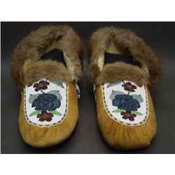 CANADIAN CREE MOCCASINS