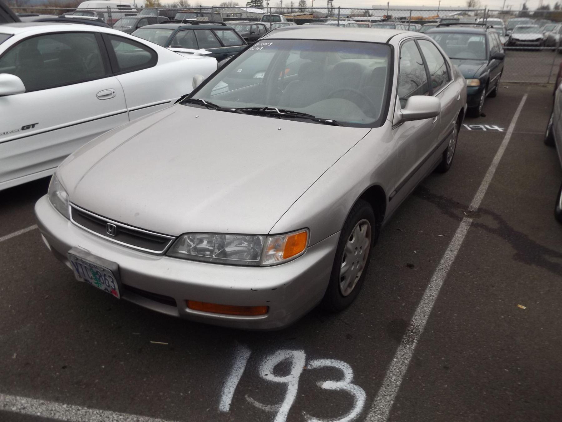Image 1 : 1997 Honda Accord ...
