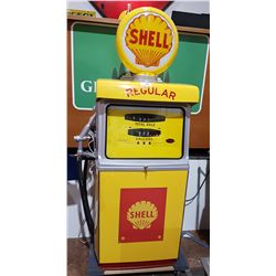 RESTORED 1960'S WAYNE GAS PUMP