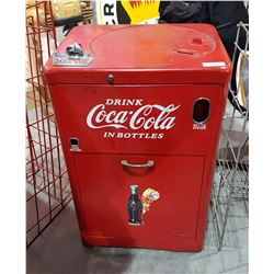 ORIGINAL COCA COLA VENDO 25 MACHINE