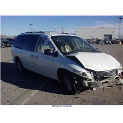 1999 - CHRYSLER TOWN AND COUNTRY // REBUILT SALVAGE