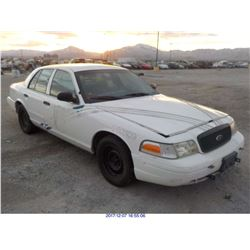 2002 - FORD CROWN VICTORIA // TX TITLE