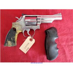SMITH WESSON .357 REVOLVER