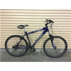 BLUE SPECIALIZED HARDROCK FRONT SUSPENSION MOUNTAIN BIKE