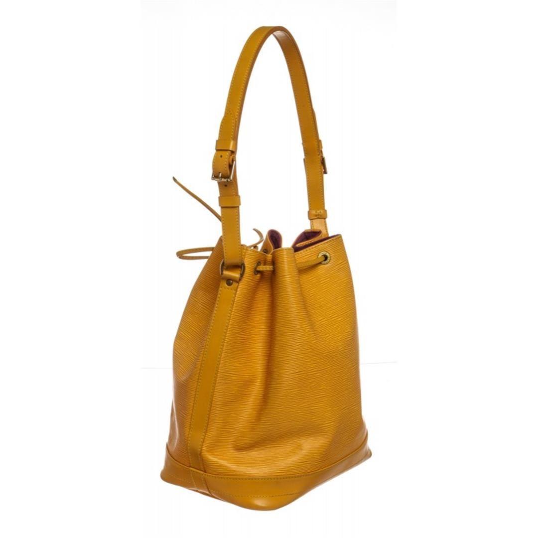 98b34b83ac26 ... Image 3   Louis Vuitton Yellow Epi Leather Noe GM Drawstring Shoulder  Bag ...