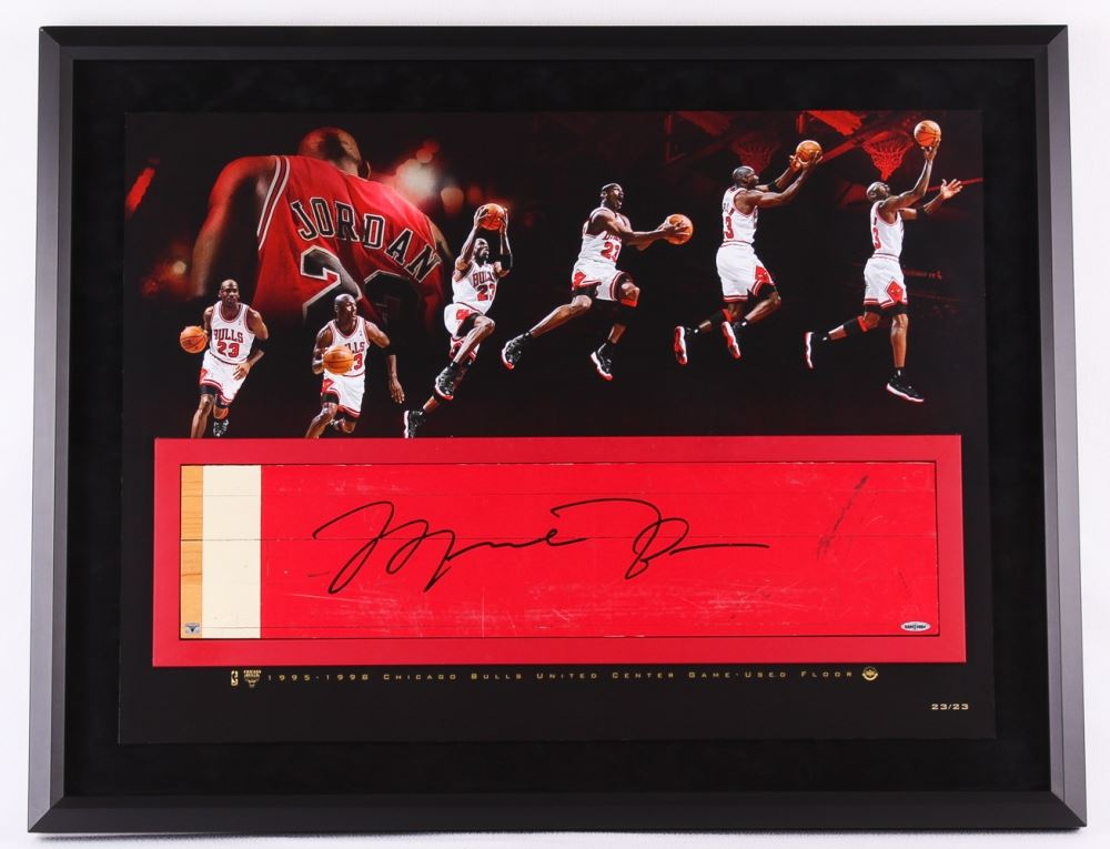 purchase cheap 66e1b 84db7 Michael Jordan Signed Bulls 28x36 Custom Framed Authentic ...