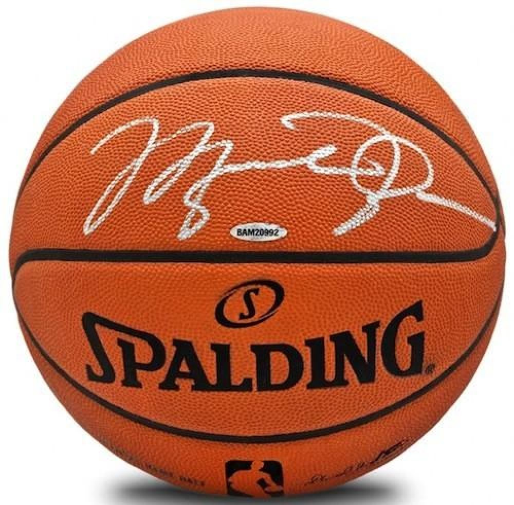 dea3544c410 Image 1 : Michael Jordan Signed Authentic Spalding Basketball (UDA COA)