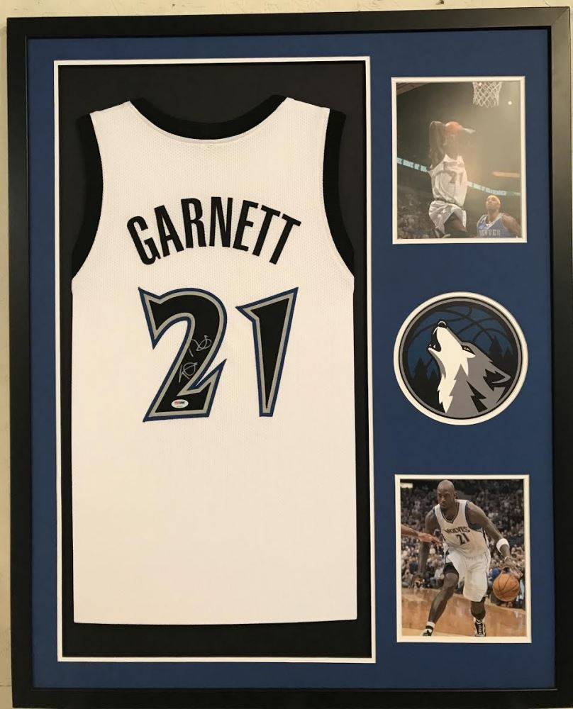 separation shoes 0f6a4 ac59b Kevin Garnett Signed Timberwolves 34