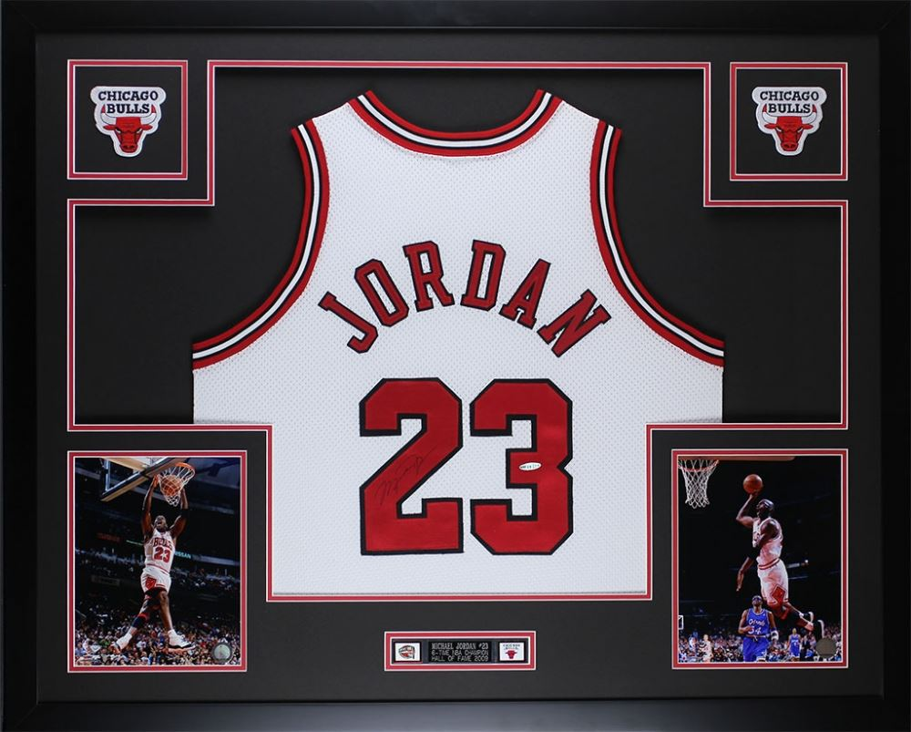 new product aec8a 94270 MIchael Jordan Signed Bulls 35