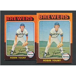 Lot of (2) Robin Yount Rookie Cards with 1975 Topps #223 RC  1975 Topps Mini #223 RC