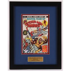 """Stan Lee Signed """"Spider-Man and Daredevil"""" Issue #25 14x18 Custom Framed Comic Book (PSA COA)"""