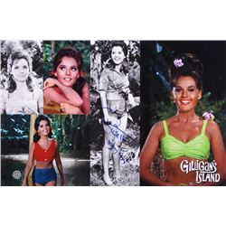 "Dawn Wells Signed ""Gilligan's Island"" 11x17 Photo Inscribed ""Mary Ann"" (Legends COA)"
