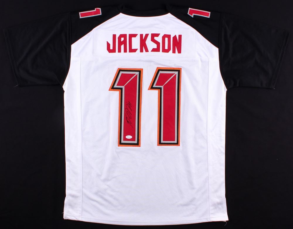 best value d12cf 388a6 DeSean Jackson Signed Buccaneers Jersey (JSA COA)