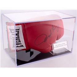 Oscar De La Hoya Signed Everlast Boxing Glove with Display Case (Beckett COA)