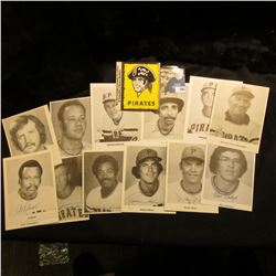 Envelope containing 15 different Pittsburgh Pirates plus Stickers.