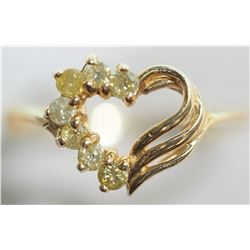14KT GOLD HEART SHAPED RING WITH 7 DIAMONDS(0.21CT) SUGGESTED RETAIL $1000