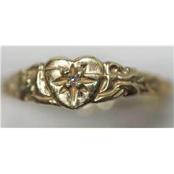 10KT GOLD DIAMOND BABY RING WITH DIAMOND RETAIL VALUE $300