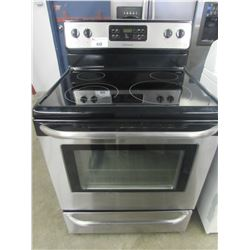 """FRIGIDAIRE STAINLESS & BLACK CERAMIC TOP STOVE WITH SELF CLEAN (30""""W X 29""""D X 47.5""""H)"""
