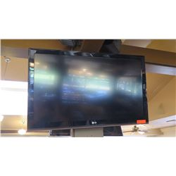 Large Flat Screen LG TV - Model 42LK450-UB