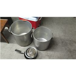 Qty 2 Stock Pots, Misc. Bowls
