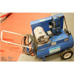 W.R. BROWN SPEEDY 3/4 HP AIR COMPRESSOR WITH