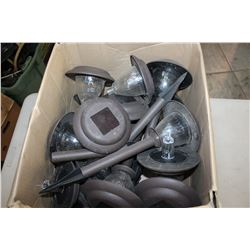BOX OF SOLAR GARDEN LIGHTS