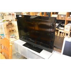 VISION QUEST 40 INCH TV